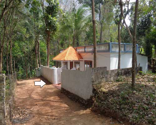 Vellarada thiruvananthapuram residential land with small house for sale