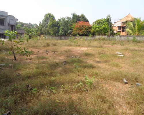 Trivandrum properties kerala pettah near chackai for Land for sale in kerala